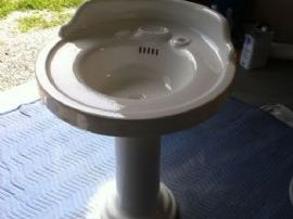 Porcelain Pedestal Sink Restoration